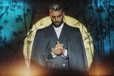 Lançamento é o primeiro single do próximo álbum do cantor (Divulgação)