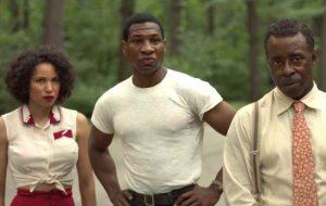 """""""Lovecraft Country"""": showrunner conta que 2ª temporada teria zumbis"""