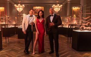 """""""Alerta Vermelho"""", longa estrelado por Ryan Reynolds, Gal Gadot e Dwayne Johnson, estreia em novembro"""
