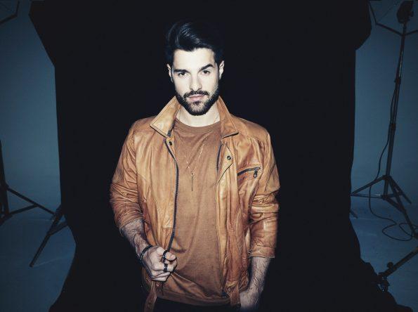 Em 2020, o brasileiro foi eleito o quinto melhor DJ do mundo (Gil Inouie / Divulgação)