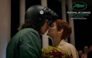 """Adam Driver e Marion Cotillard cantam sobre amor no clipe de """"Annette"""", drama musical de Leos Carax"""