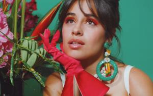 """Camila Cabello anuncia álbum """"Familia"""" com inspirado clipe de """"Don't Go Yet"""", novo single"""