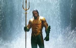 "Jason Momoa chega em Londres para filmar ""Aquaman and the Lost Kingdom"""