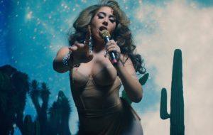 Kali Uchis fala sobre manifestações estéticas e feminilidade em entrevista para Elle México