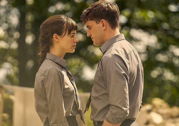 A série foi estrelada por Daisy Edgar-Jones e Paul Mescal (Hulu / Divulgação)