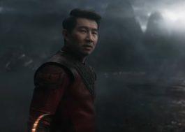 """Narrativa de """"Shang-Chi e a Lenda dos Dez Anéis"""" ganha densidade em trailer cheio de ação"""