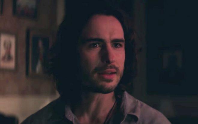 Ben Schnetzer interpreta o protagonista (Reprodução)