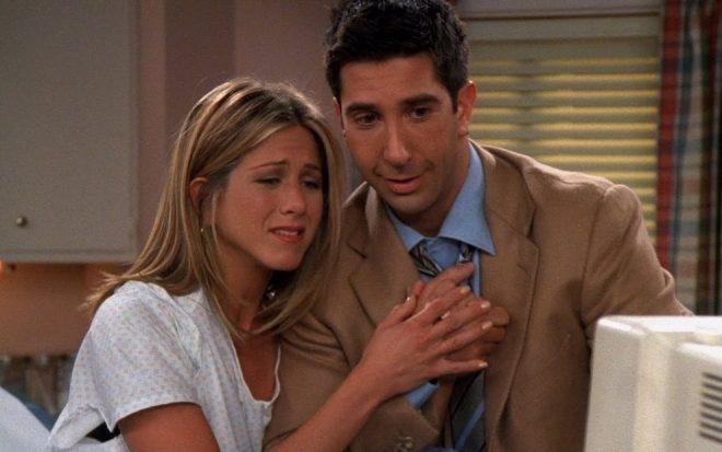 """Eles viveram o casal Rachel e Ross em """"Friends"""" (Reprodução)"""