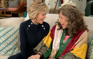 """""""Grace and Frankie"""": Netflix libera quatro episódios da última temporada de surpresa"""