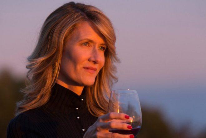 """Intérprete da personagem Renata, de """"Big Little Lies"""", Dern venceu o Oscar em 2020 (Foto: Divulgação)"""