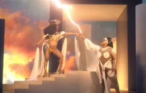 """Lizzo e Cardi B são deusas poderosas no eletrizante teaser de """"Rumors"""""""