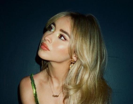 """A inédita vem depois do single """"Skin"""", lançado no início do ano (Reprodução / Instagram)"""
