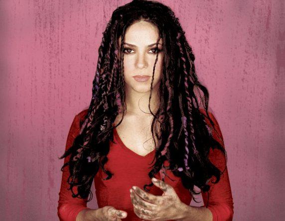 Ambos os discos tem produção de Emilio Estefan Jr. (Foto: Divulgação)