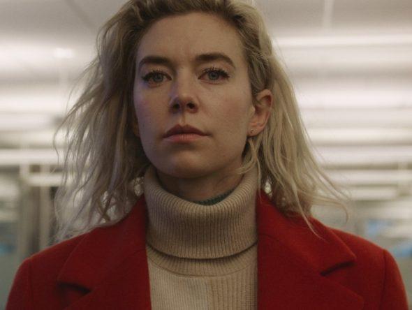 """A atriz já estrelou """"The Crown"""" e """"Pieces of a Woman"""" na plataforma (Benjamin Loeb / Netflix / Divulgação)"""