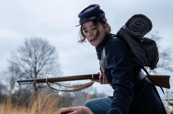 Hailee Steinfeld interpreta a protagonista (Reprodução)