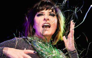 Fernanda Abreu quer pistas fervendo com disco de remixes e faz planos para exposição de música urbana
