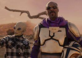 """Snoop Dogg encarna Mandaloriano no clipe de """"Big Subwoofer"""", faixa do grupo Mount Westmore"""