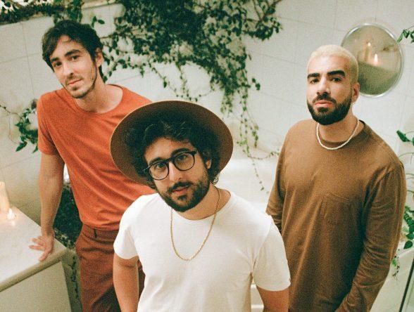 """A faixa é de """"Tudo Ao Contrário"""", próximo álbum de Zeeba (Heloisa Vecchio / Divulgação)"""