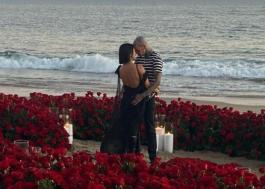 Kourtney Kardashian e Travis Barker anunciam noivado